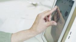 Baby Lock Solaris Capacitive Touchscreen