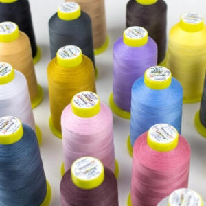 Wonderfil Ultima™ - 40wt Cotton-Wrapped Polyester Thread